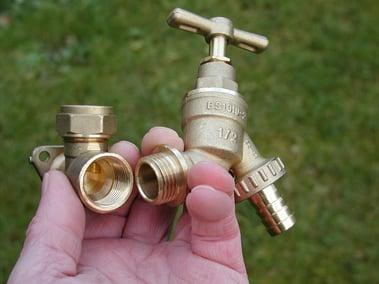 garden spigot repair.jpg